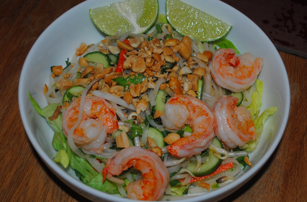 vietnamese noodle salad with shrimp