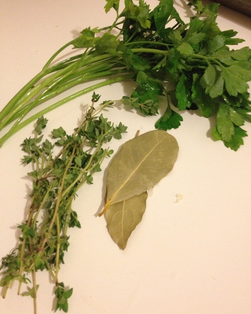 parsley bayleaf and thyme